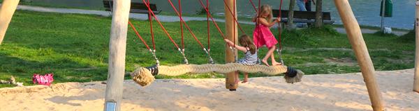 Beitragsbild Spielende Kinder Seilschaukel